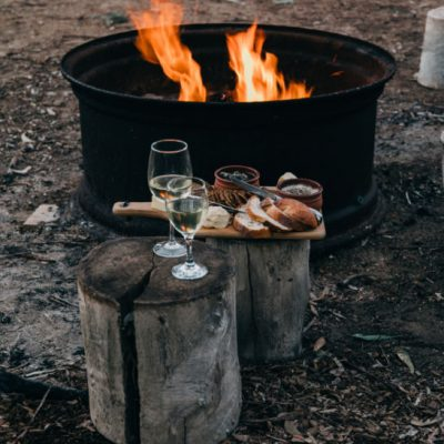 How To Hold An Easy Bonfire Party