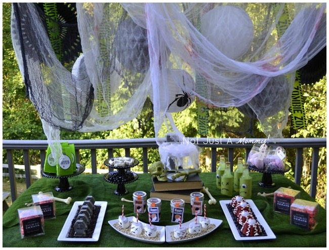 Zombie themed party table