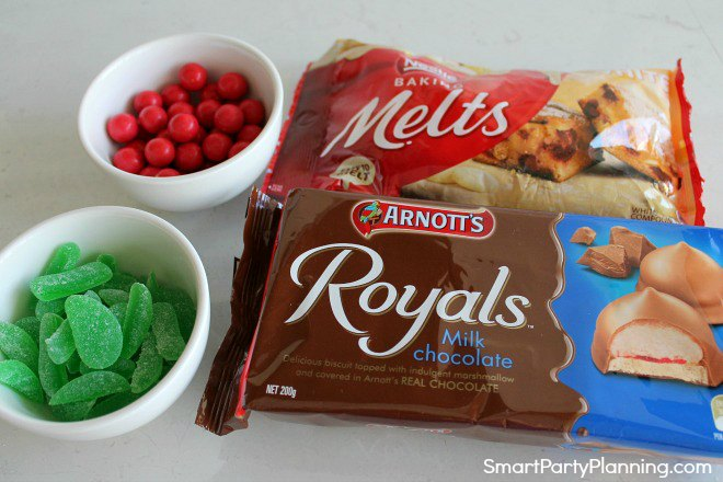 Ingredients to make chocolate pudding cookies