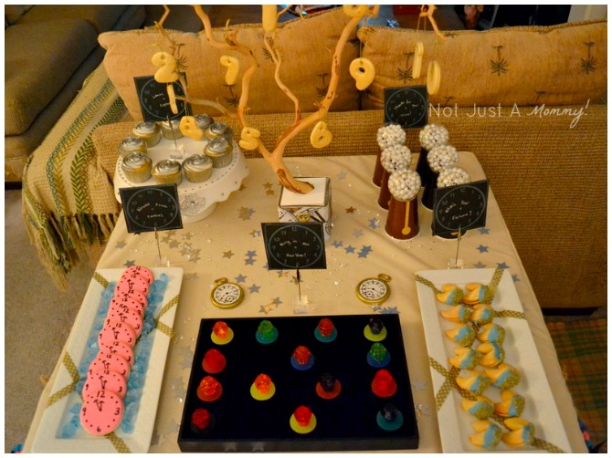 New Years Eve Dessert Table