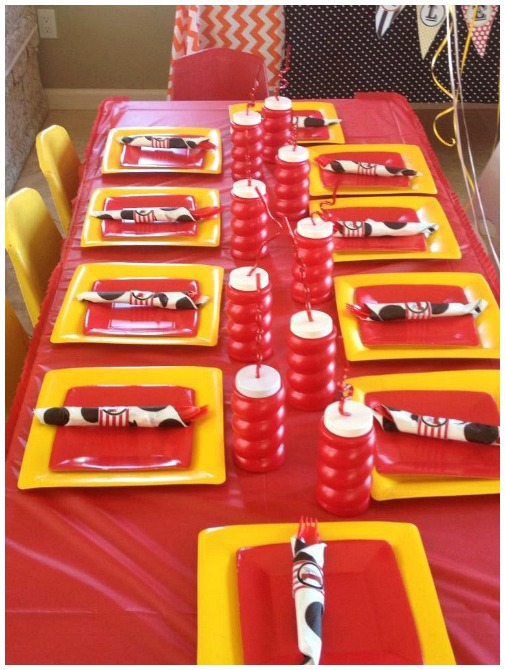 Firetruck birthday party table