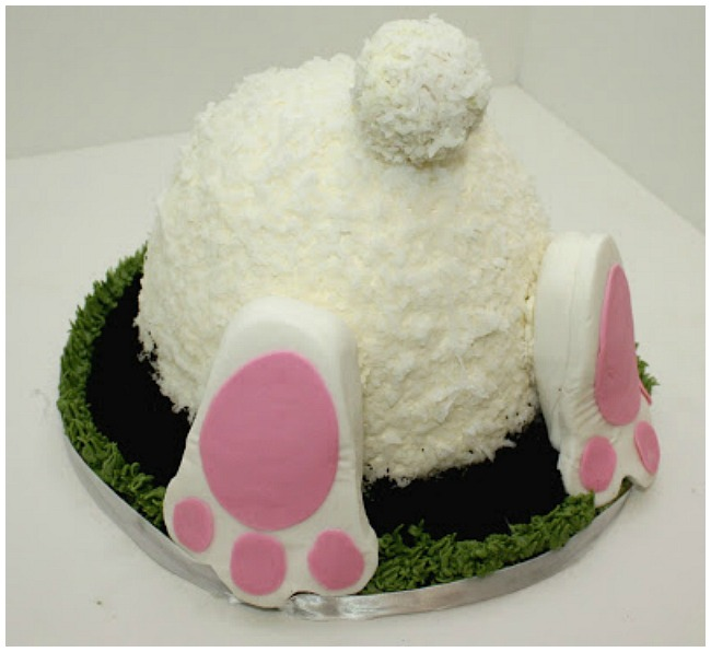 Easter bunny but cake