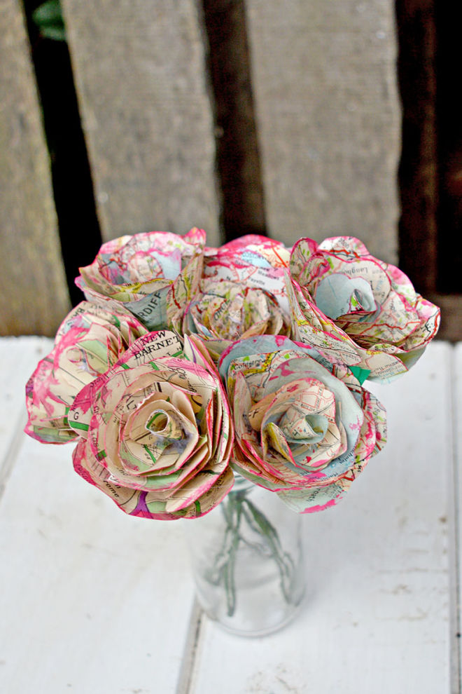 bunch of map roses