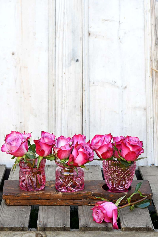 how-to-paint-glass-bud-vases