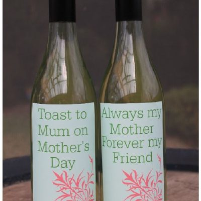 Beautiful Printable Mother's Day Wine Labels