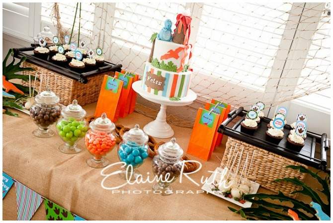 Dinosaur cake and desserts
