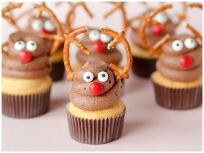 adorable reindeer cupcakes. Black Bedroom Furniture Sets. Home Design Ideas