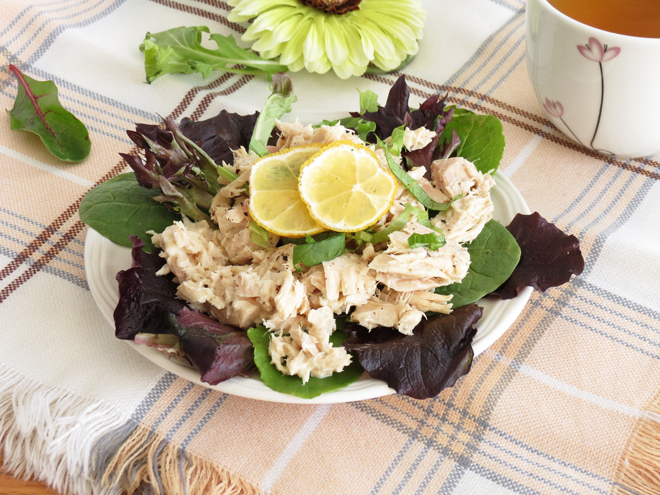 The healthy tuna salad is so easy to make and requires only couple ...