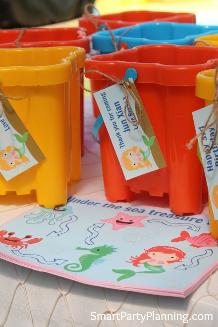 Party Favor Buckets