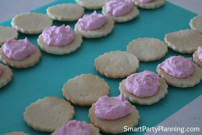 Oyster Shell Cookies with Buttercream