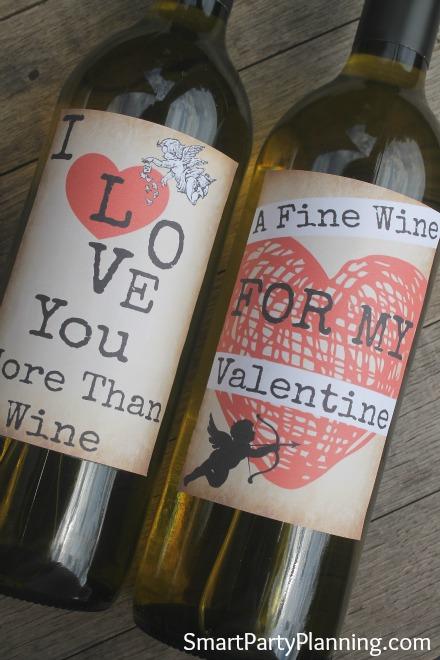 Printable grunge style wine labels