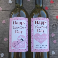 Printable wine bottle labels make the perfect gift for Valentines day. Simply print and attach to a favorite bottle of wine. Easy & affordable gift.