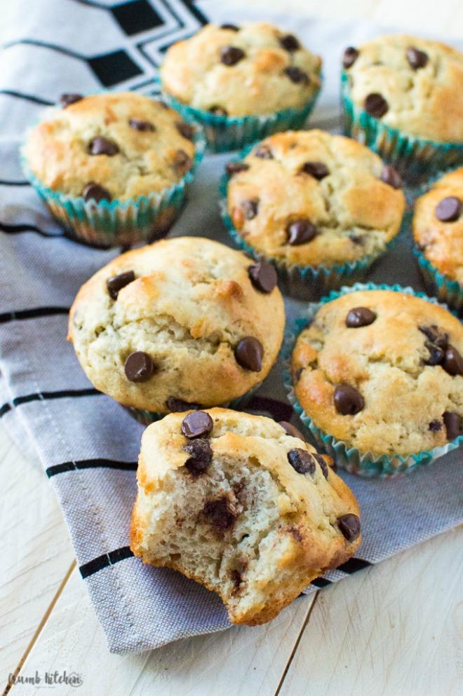 greek-yogurt-banana-chocolate-chip-muffins