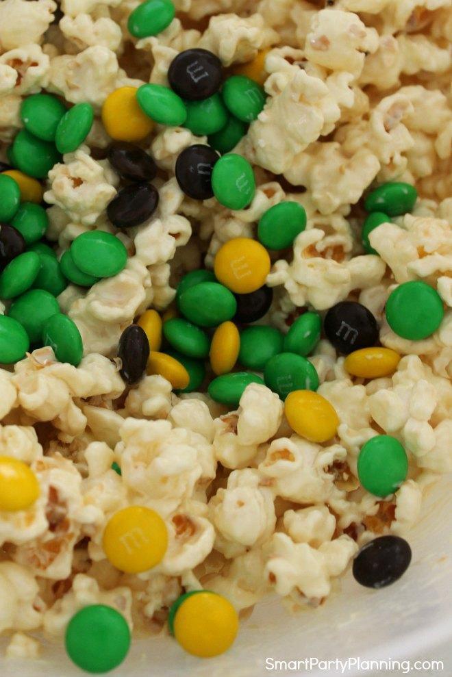 Chocolate in popcorn