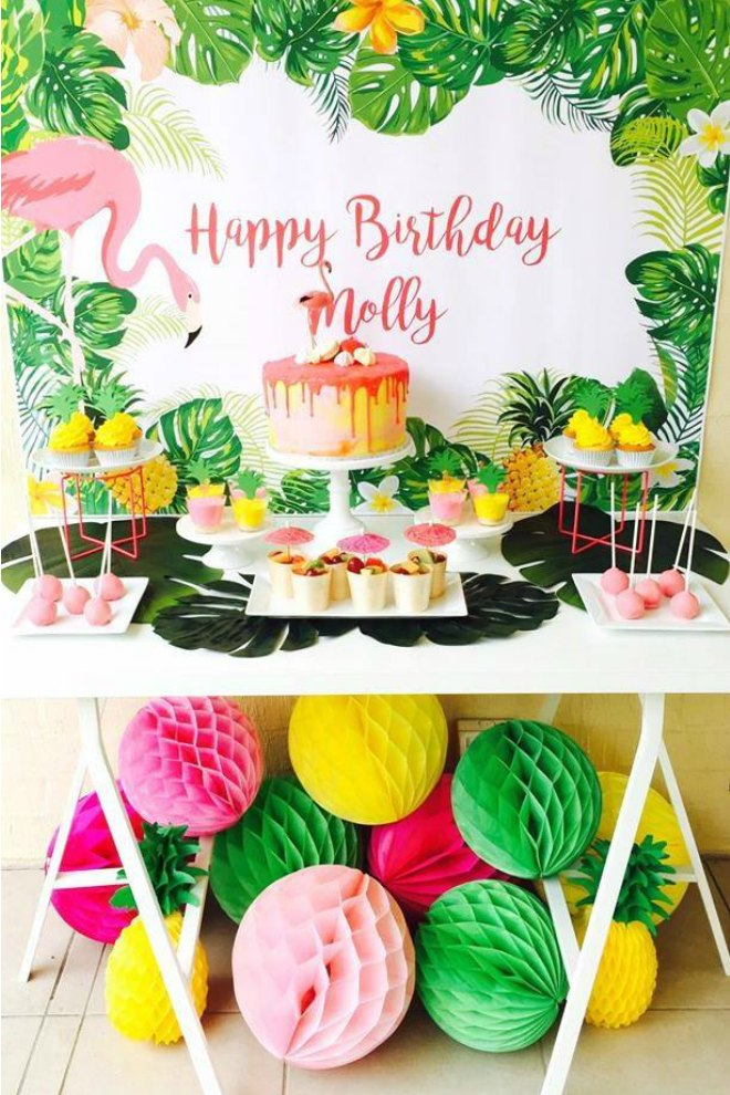 Flamingo Birthday Party Table Display