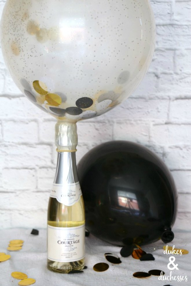 champagne balloon poppers