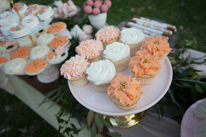 Mothers day brunch cupcakes