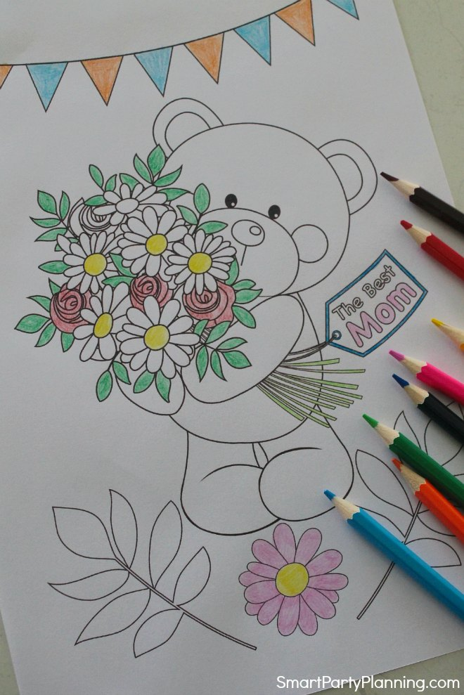 mothers day coloring sheet bear holding flowers