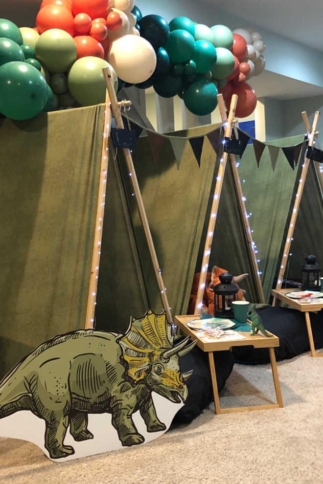 Paleontologist tent set up