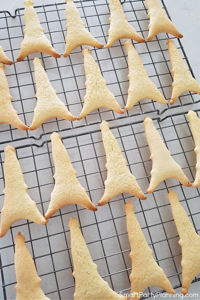 Baked Eiffel Tower Cookies