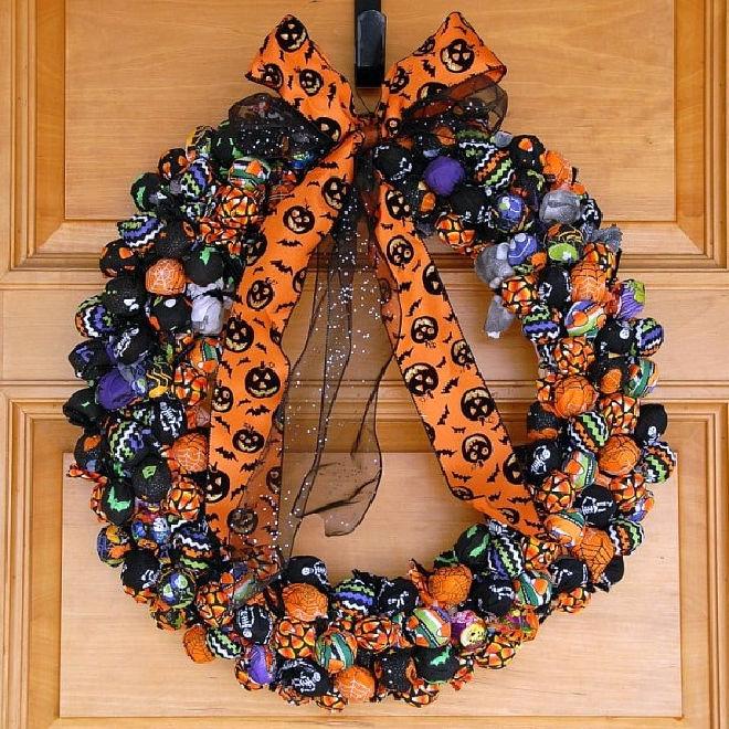 Best-Halloween-Treat-Wreath