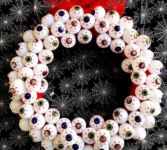 Eye Ball Halloween Wreath
