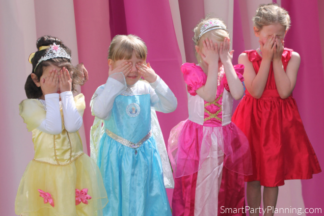 princess party games Princess Says